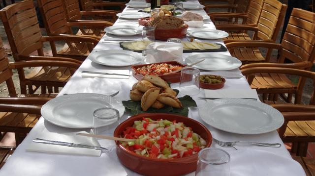 Mahlzeiten: Frühstück, Mittagessen, Siesta, Abendessen, Kaffee