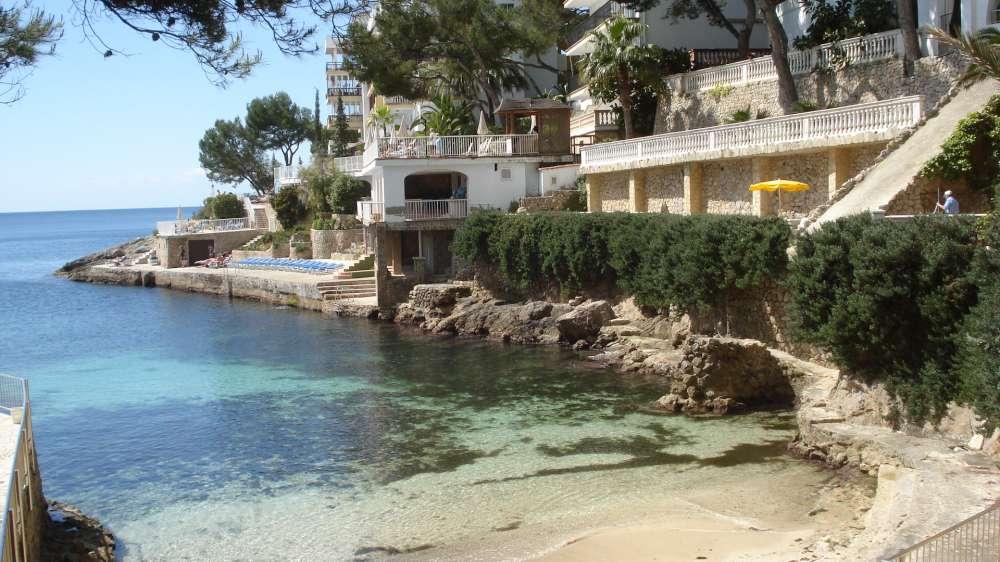 Mallorca: Yoga-Retreat mit Stand Up Paddling