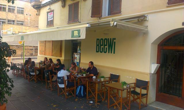 Cafe – Bar – Restaurant Beewi