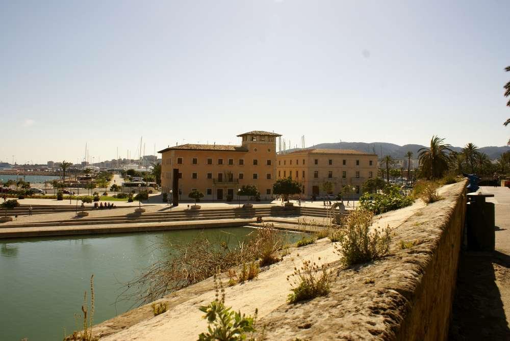 Mondschein-Führungen in Palmas alter Seehandelsbörse