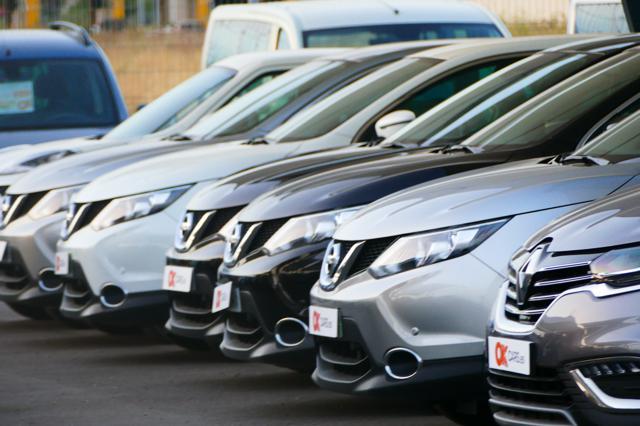Mietwagen-Fallen: Punkte-Checkliste vermeidet Fehler
